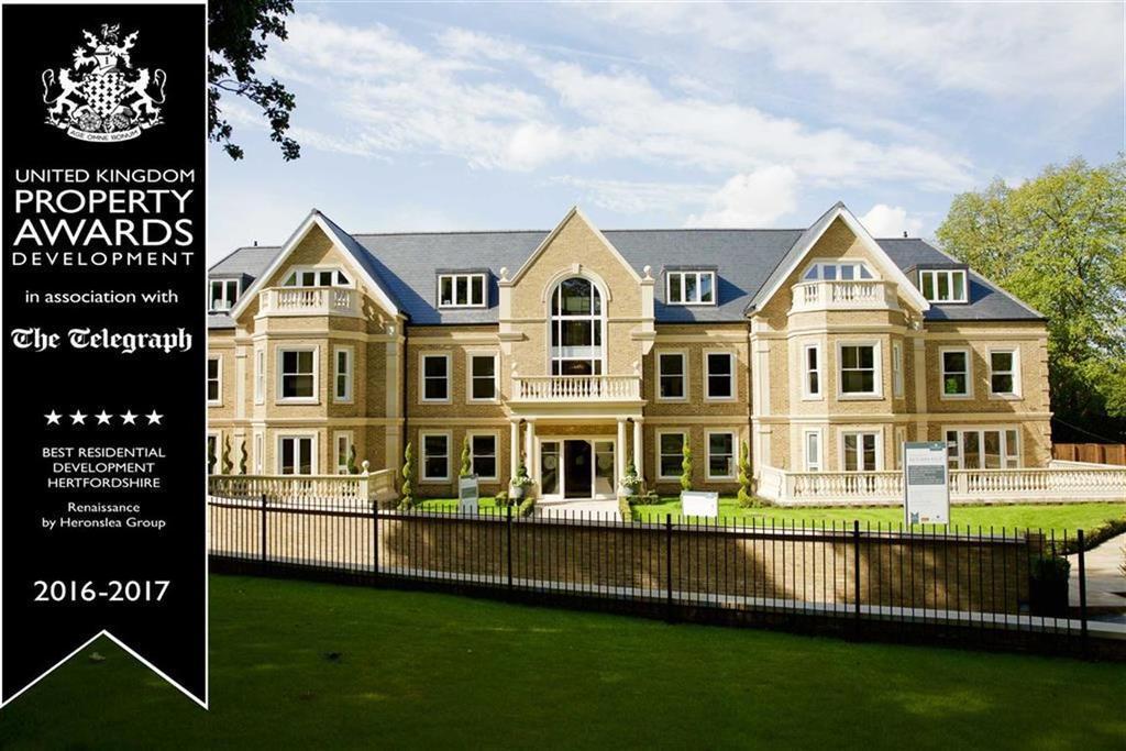 3 Bedrooms Apartment Flat for sale in Cockfosters Road, Hadley Wood, Hertfordshire