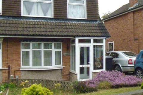 3 bedroom semi-detached house to rent - Chevin Avenue, Leicester,