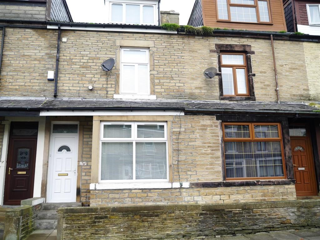 4 Bedrooms Terraced House for sale in Gladstone Street, Barkerend,Bradford, BD3 9NR