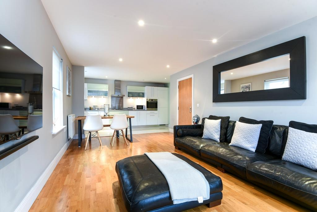 2 Bedrooms Flat for sale in Main Road Sidcup DA14