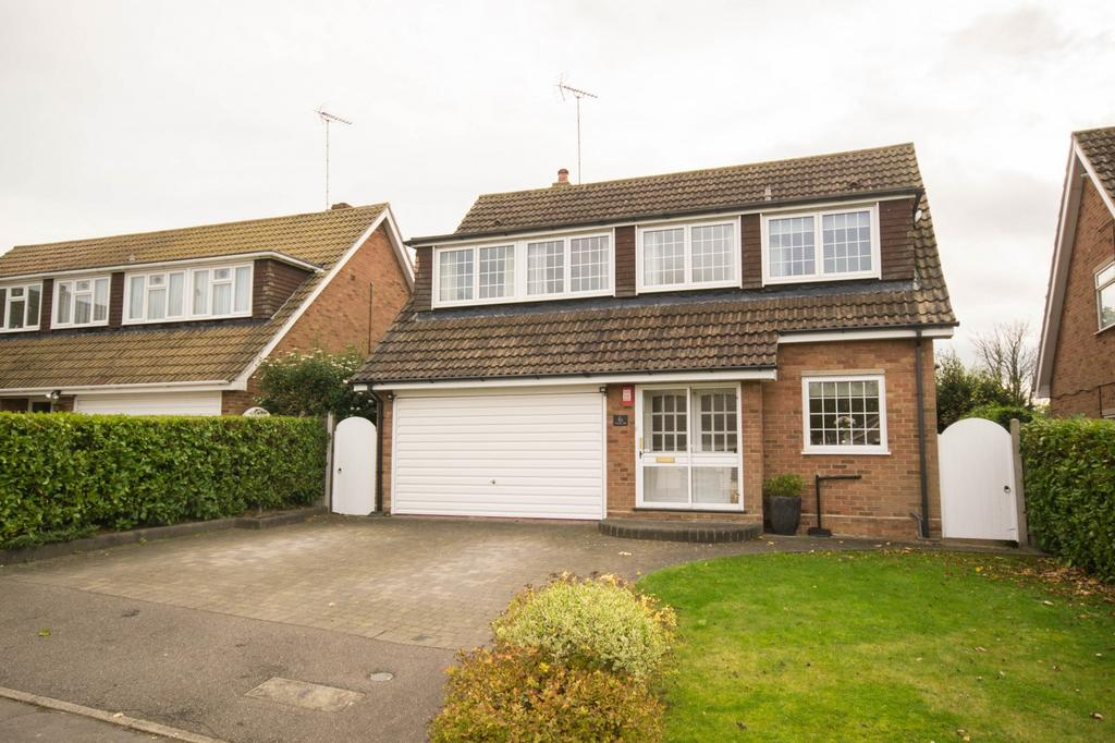 4 Bedrooms Detached House for sale in Windy Hill, Hutton, Brentwood, Essex, CM13