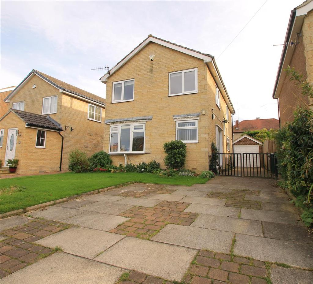 4 Bedrooms Detached House for sale in Sandholme Drive, Burley In Wharfedale