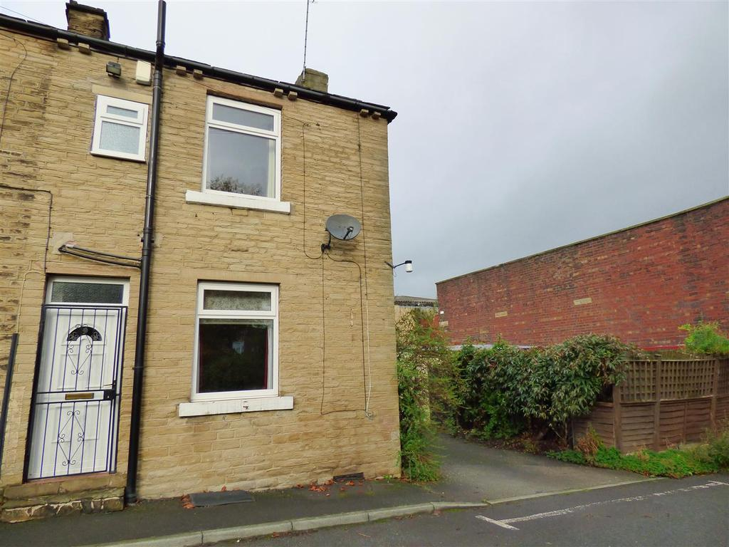 2 Bedrooms End Of Terrace House for sale in Canary Street, Cleckheaton