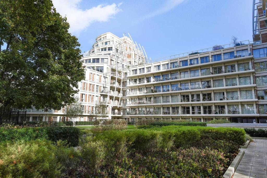 2 Bedrooms Flat for sale in Henry Macaulay Avenue, Kingston upon Thames