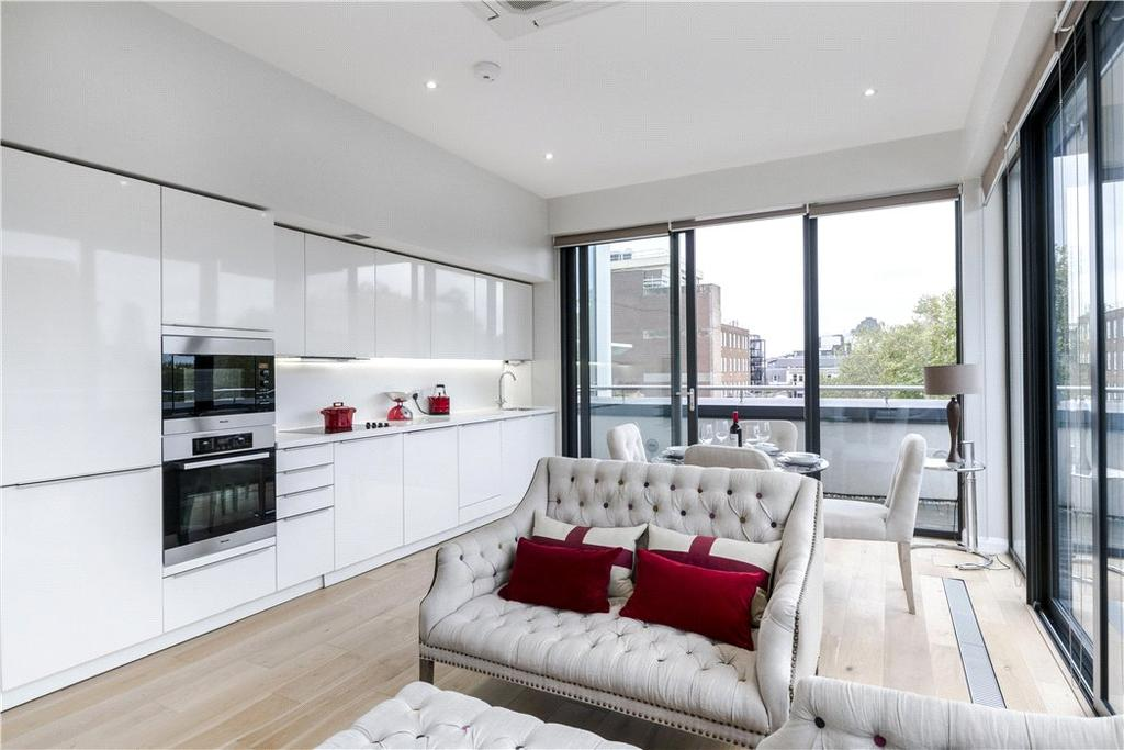 3 Bedrooms Penthouse Flat for sale in Whetstone Park, London, WC2A