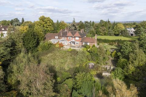 5 bedroom detached house for sale - Old Avenue, St George's Hill, Weybridge, KT13