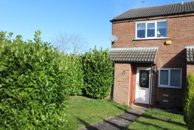 2 Bedrooms Town House for sale in Beverley Close, Rainworth, Mansfield, NG21