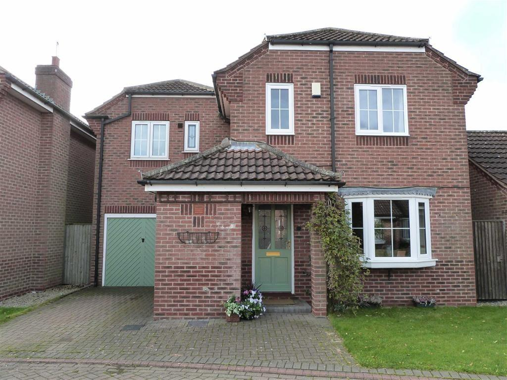 4 Bedrooms Detached House for sale in Wheelwright Close, Sutton Upon Derwent