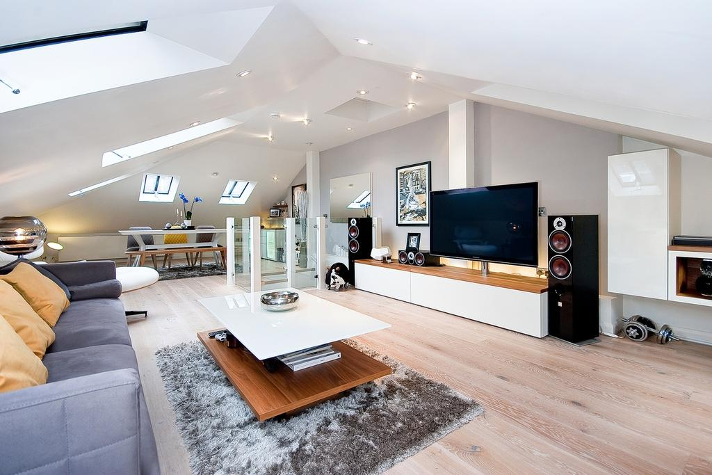 3 Bedrooms Flat for sale in RANDOLPH AVENUE, MAIDA VALE, LONDON