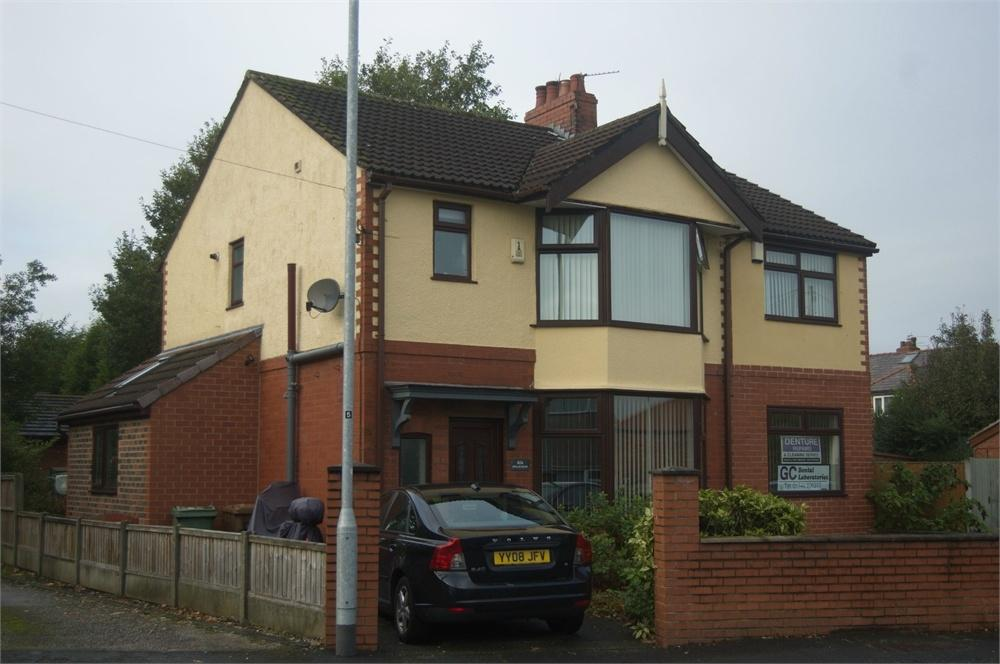 3 Bedrooms Detached House for sale in Leach Lane, Sutton Leach, St Helens, Merseyside