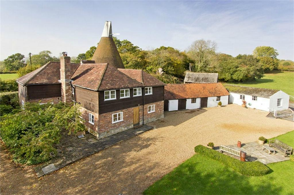 5 Bedrooms Detached House for sale in Beech House Lane, ROBERTSBRIDGE, East Sussex