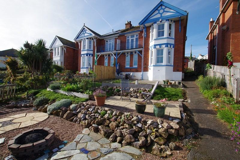 4 Bedrooms Semi Detached House for sale in Fourth Avenue, Teignmouth