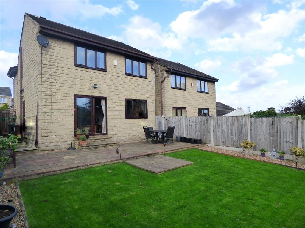 4 Bedrooms Detached House for sale in Barraclough Square, Wyke, BD12