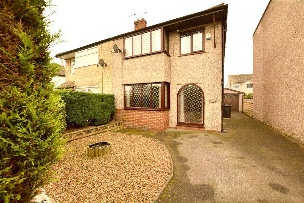 3 Bedrooms Semi Detached House for sale in Tyersal Park, Bradford, West Yorkshire