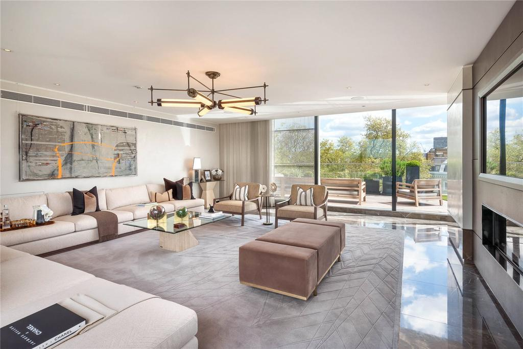 4 Bedrooms Penthouse Flat for sale in Chesham Place, London, SW1X