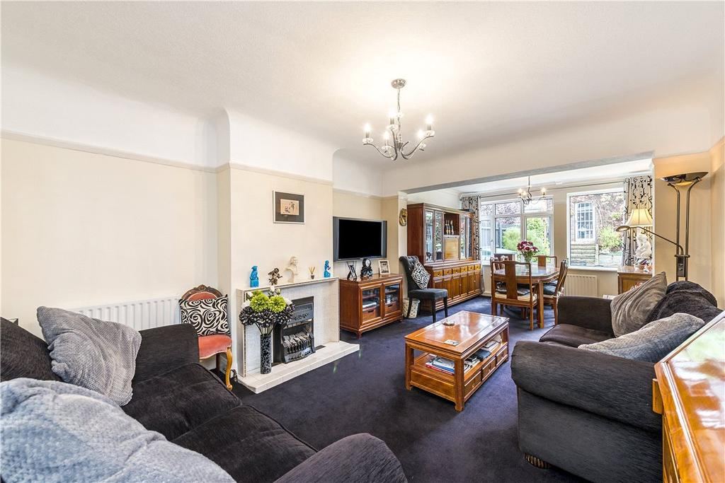 3 Bedrooms Semi Detached House for sale in Burntwood Close, London, SW18