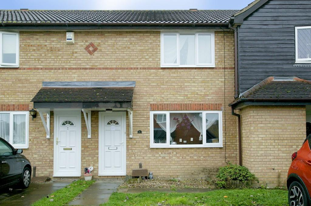3 Bedrooms Terraced House for sale in Lisbon Road, Dereham
