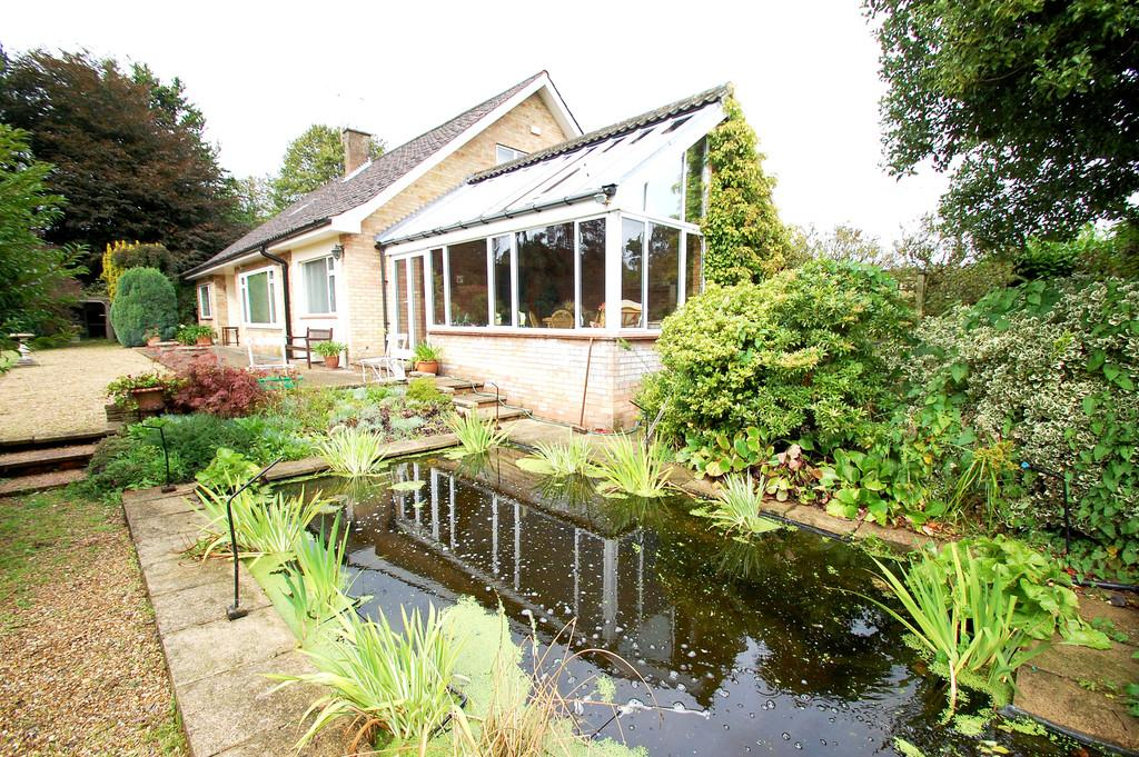 4 Bedrooms Detached Bungalow for sale in The Grove, Knapton