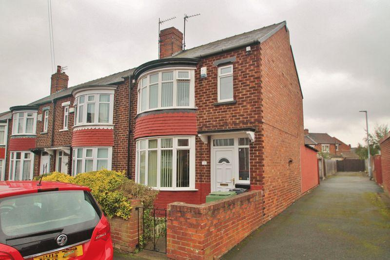 3 Bedrooms Semi Detached House for sale in Lydbrook Road, West Lane