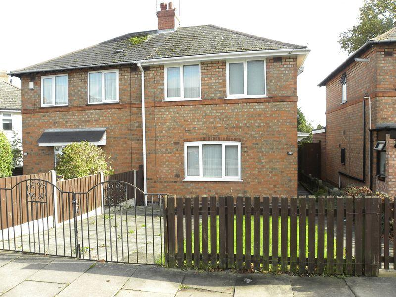 2 Bedrooms Semi Detached House for sale in Pool Farm Road, Birmingham