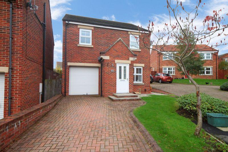 3 Bedrooms Detached House for sale in Orchard Grove, Shield Row, Co. Durham.