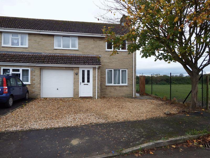3 Bedrooms House for sale in Lyndhurst Grove, Martock