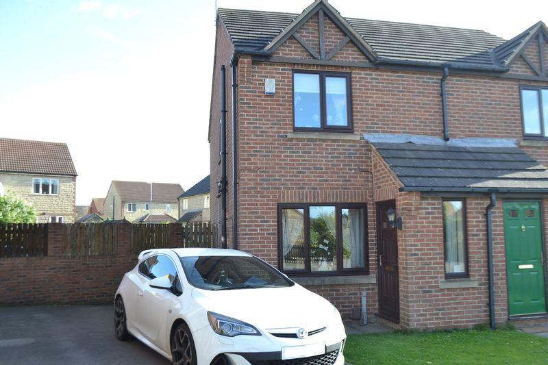2 Bedrooms Semi Detached House for sale in Weeping Elm Way, Scunthorpe