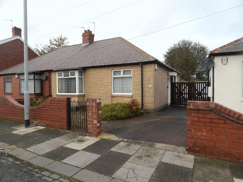 2 Bedrooms Semi Detached Bungalow for sale in Plessey Road, Blyth, Two Bedroom Semi-Detached Bungalow