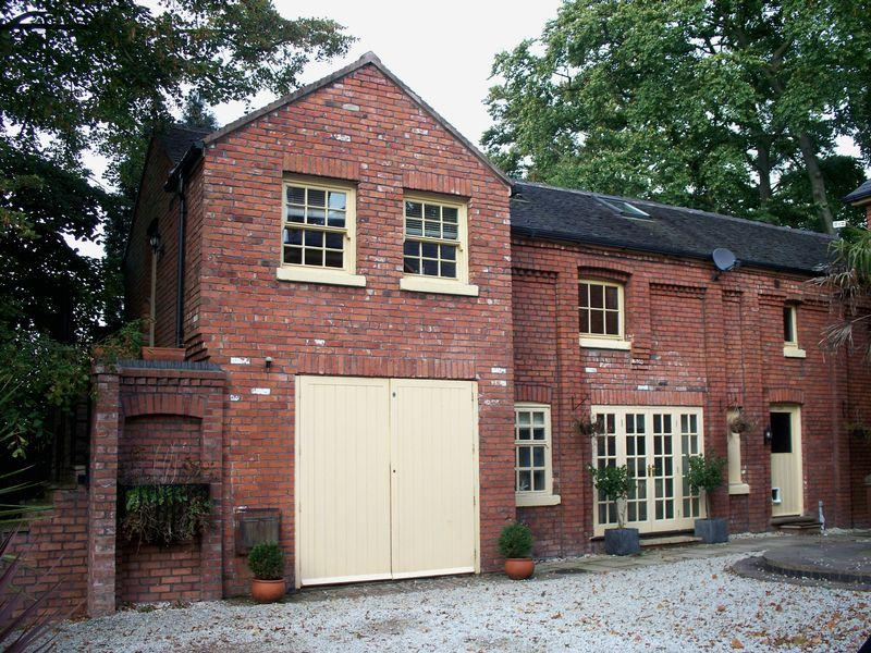 3 Bedrooms Detached House for sale in Alsager