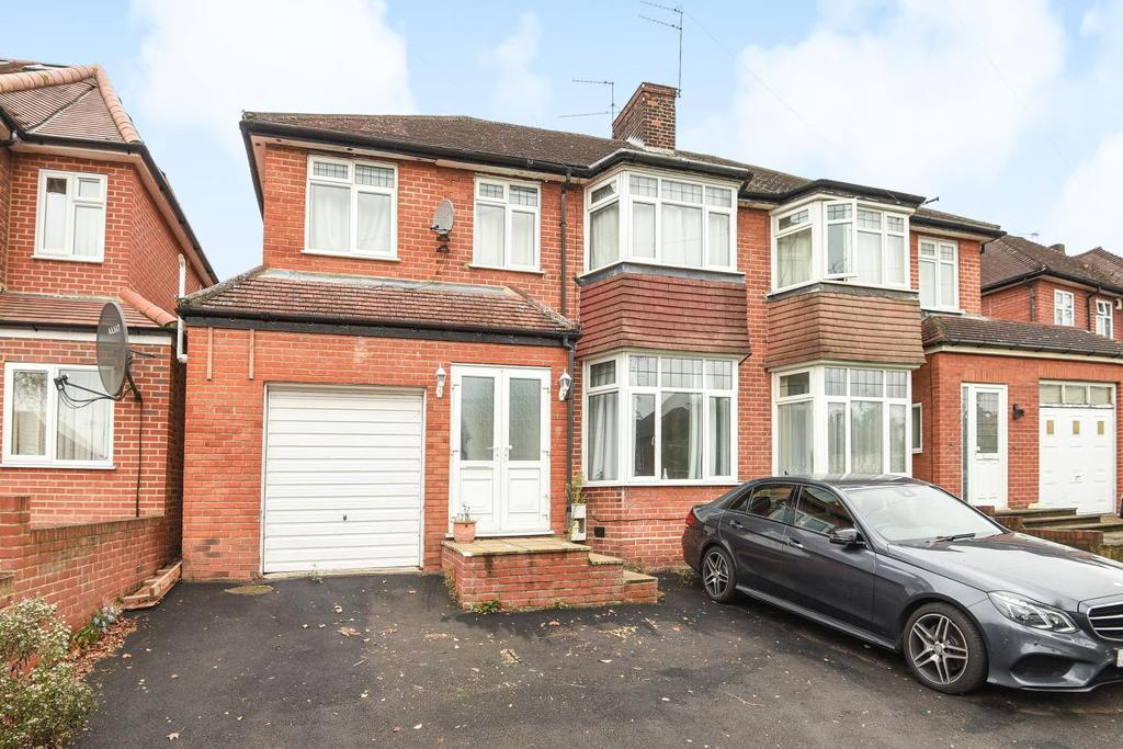 5 Bedrooms Semi Detached House for sale in Brantwood Gardens, Enfield