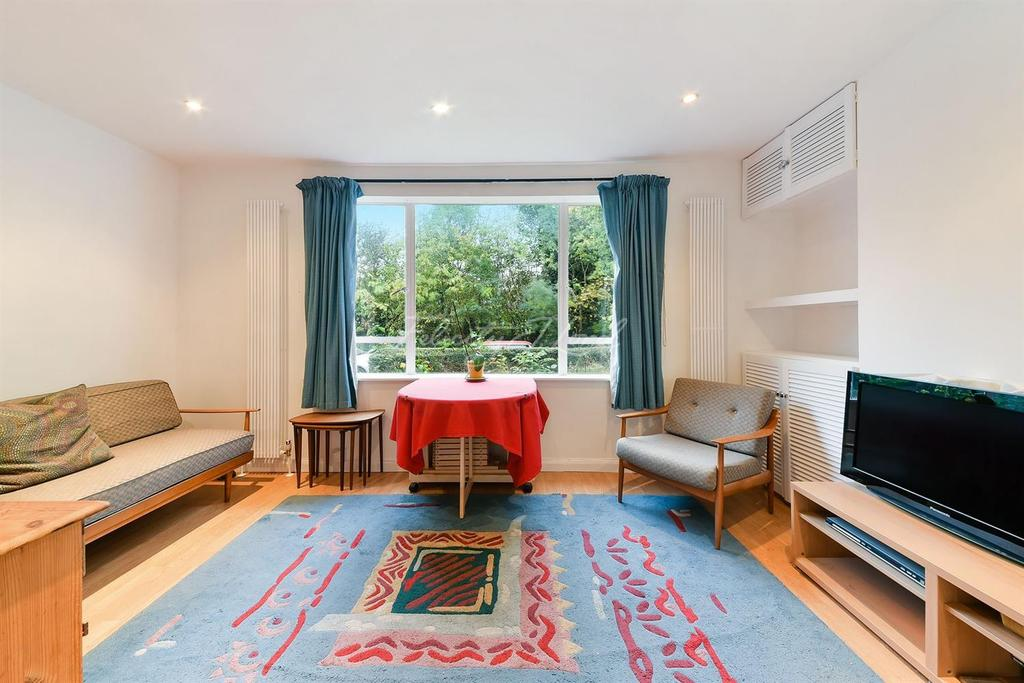 1 Bedroom Flat for sale in Clissold Court, Greenway Close, N4