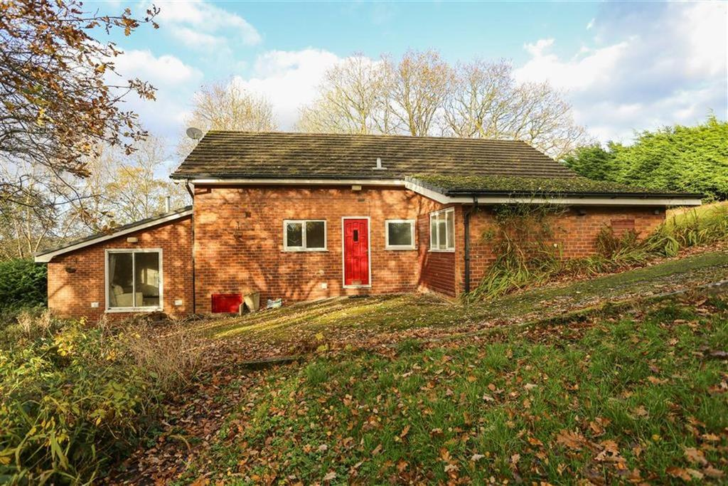 3 Bedrooms Detached Bungalow for sale in Lowry Drive, Marple Bridge, Cheshire