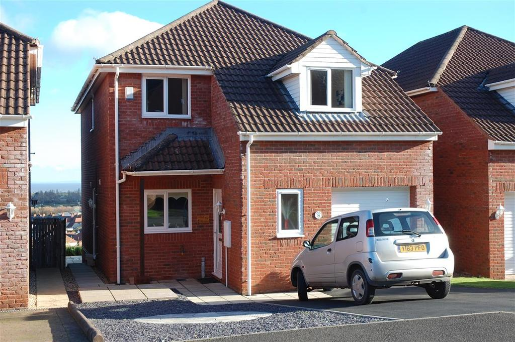 4 Bedrooms Detached House for sale in Chestnut Way, Minehead TA24