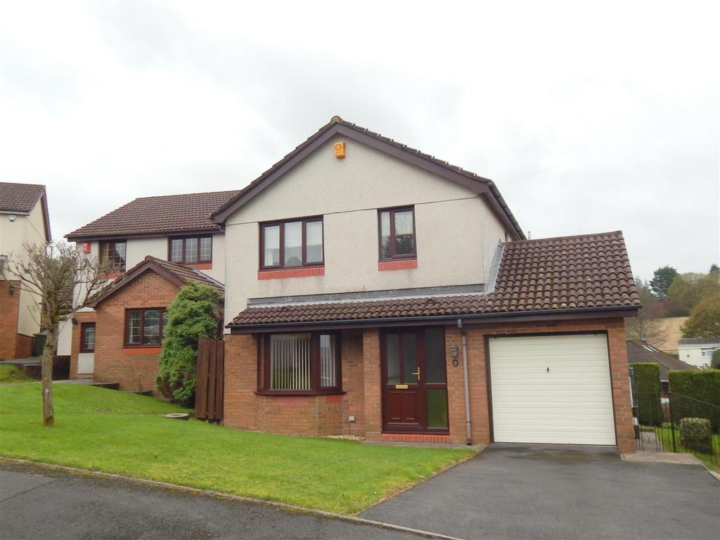 4 Bedrooms Detached House for sale in Clos Sant Teilo, Llangyfelach, Swansea