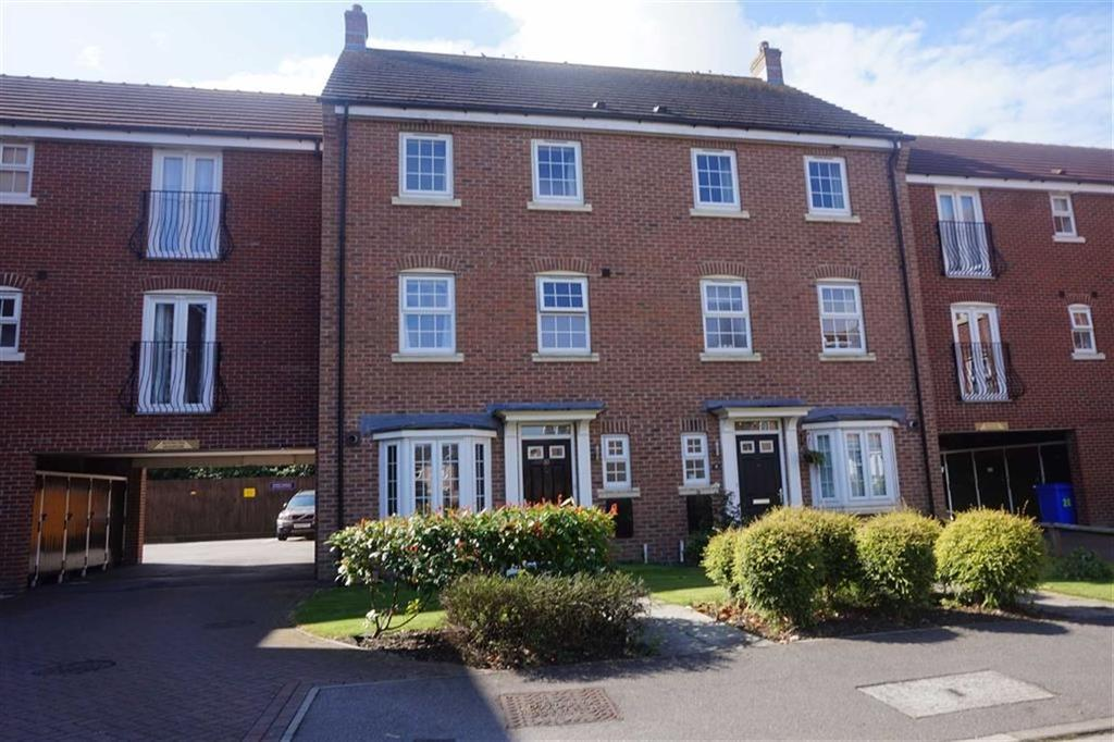 4 Bedrooms Town House for sale in Pickering Grange, Brough, Brough, HU15