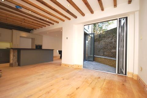 6 bedroom detached house to rent - Wickham Road Beckenham BR3