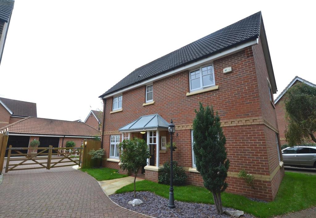 4 Bedrooms Detached House for sale in Regent Drive, Billericay, Essex, CM12