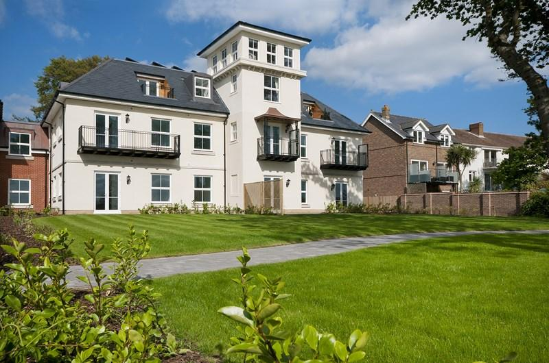 2 Bedrooms Retirement Property for sale in Victoria Road, Netley Abbey, Southampton