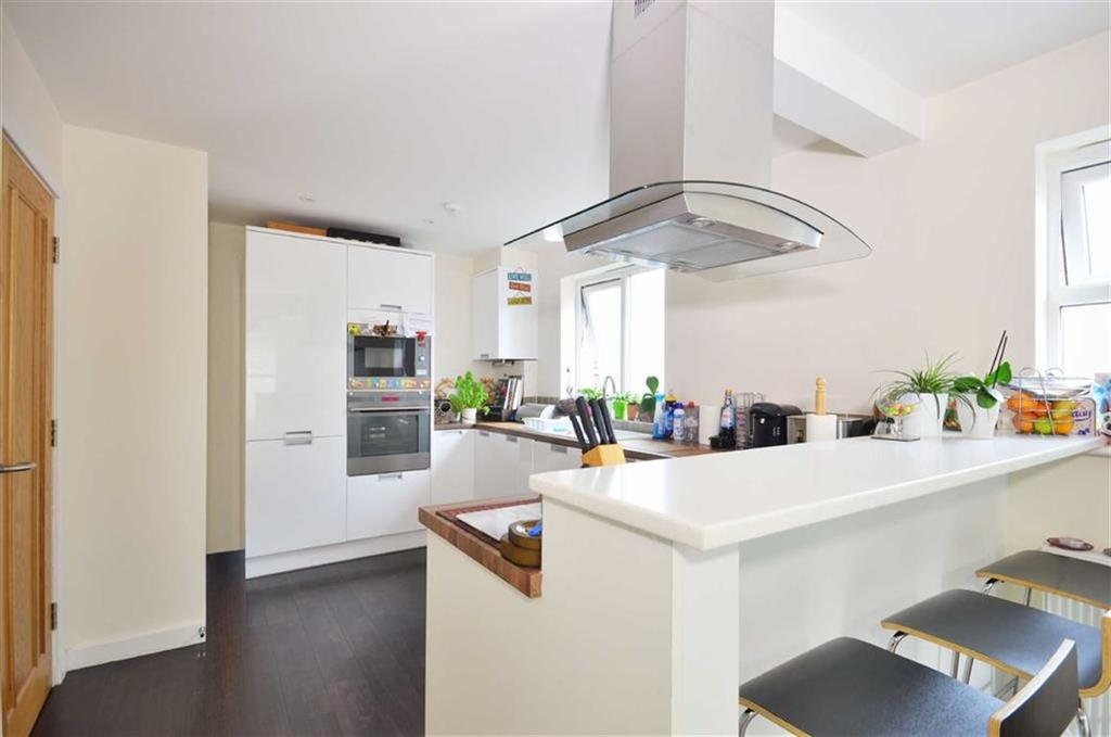 2 Bedrooms Apartment Flat for sale in 55 Lower Road, Chorleywood, Hertfordshire
