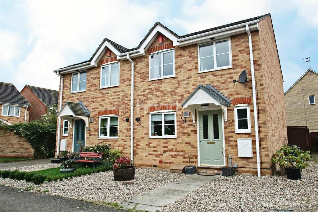 3 Bedrooms Semi Detached House for sale in Saxon Way, Willingham