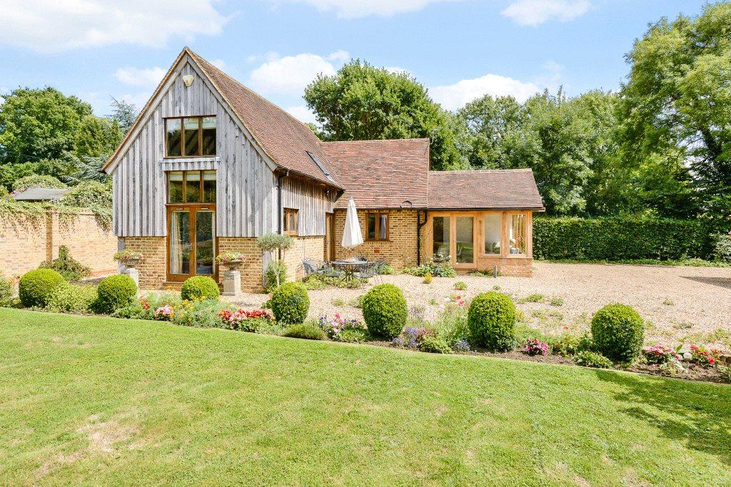 2 Bedrooms Barn Conversion Character Property for sale in Bashurst Hill, Itchingfield, Horsham, West Sussex