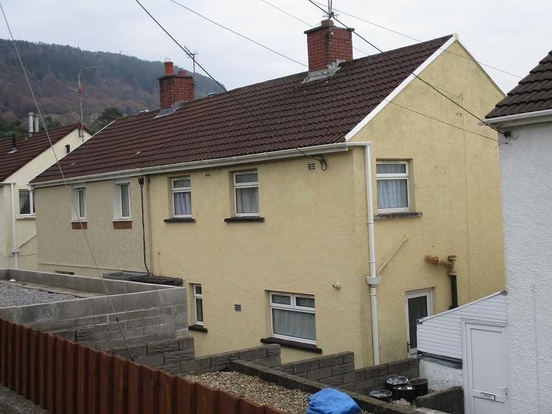 3 Bedrooms Semi Detached House for sale in Birch Road, Baglan, Port Talbot, Neath Port Talbot.