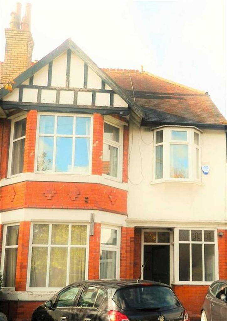 7 Bedrooms House Share for rent in Sheringham Road, Fallowfield, Manchester