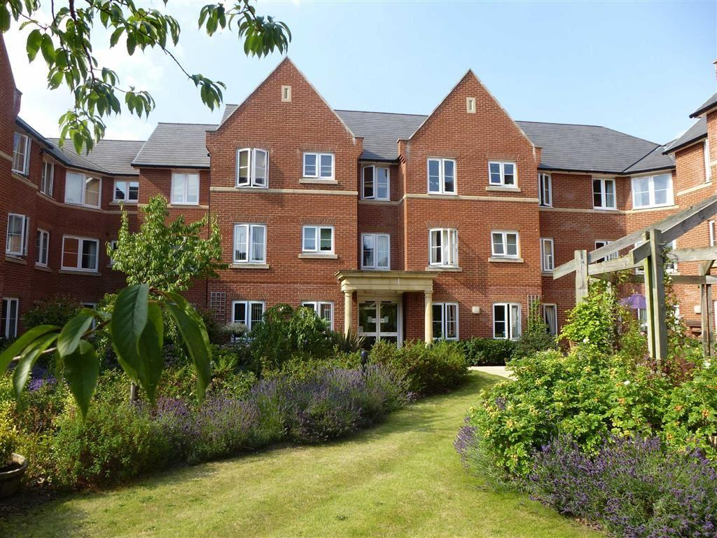 2 Bedrooms Flat for sale in Foxhall Court, Banbury