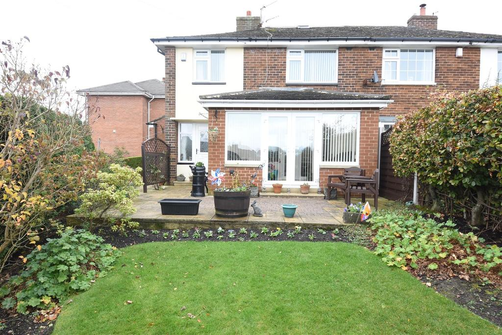 3 Bedrooms Semi Detached House for sale in Brow Wood Road, Shelf