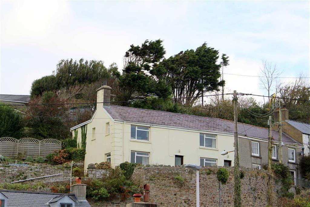 4 Bedrooms Semi Detached House for sale in Settlands Hill, Little Haven, Haverfordwest
