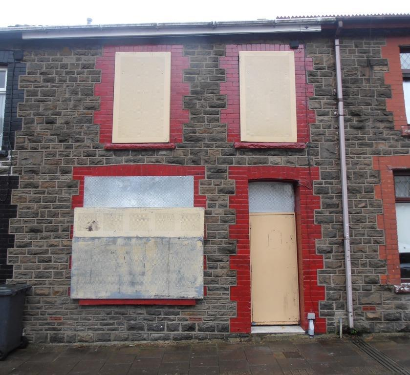 3 Bedrooms Terraced House for sale in Milton Street, Cwmaman, Aberdare