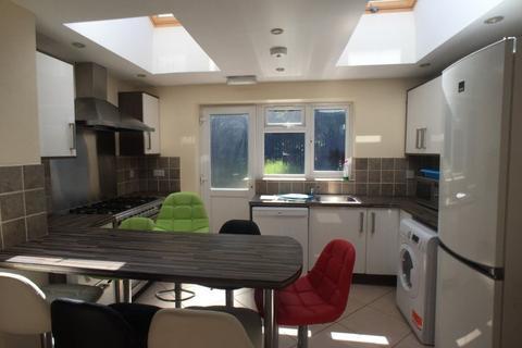 7 bedroom house to rent - 58 Heeley Road, B29 6EZ