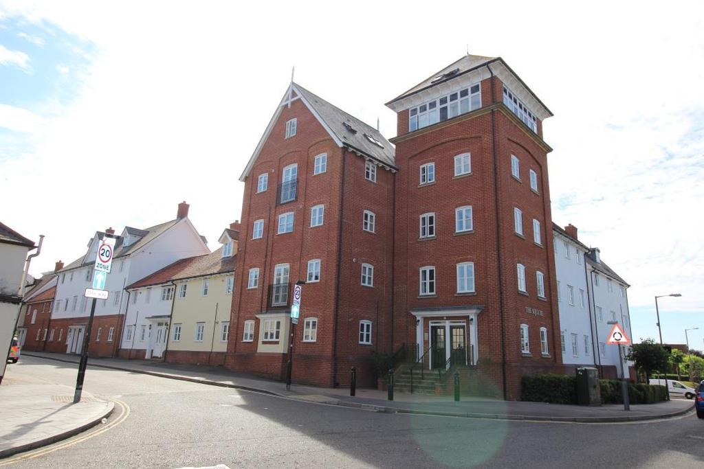 3 Bedrooms Apartment Flat for sale in Hart Street, Brentwood