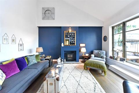 2 bedroom penthouse for sale - The Circle, Queen Elizabeth Street, Shad Thames, London, SE1